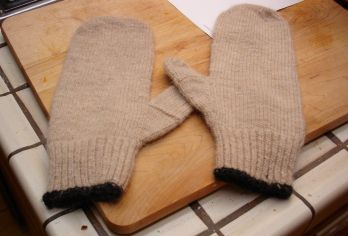 FinishedMitts.jpg